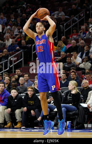 March 18, 2015: Detroit Pistons forward Tayshaun Prince (22) shoots the ball during the NBA game between the Detroit - Stock Photo