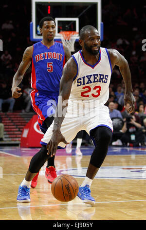 March 18, 2015: Philadelphia 76ers guard Jason Richardson (23) in action as Detroit Pistons guard Kentavious Caldwell - Stock Photo