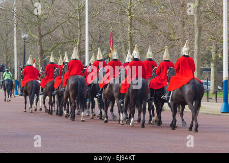London, The Mall   A detachment of The Life Guards returning from changing the guard at Horse Guards Parade - Stock Photo