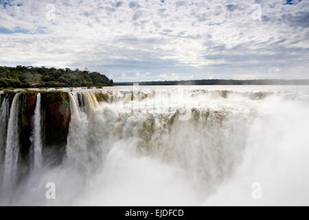 Argentina, Iguazu Falls National Park, Garganta el Diablo waterfall - Stock Photo