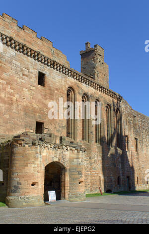 Linlithgow Palace Front Entrance South Wall - Stock Photo