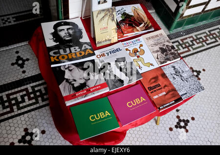 A selection of books for sale at Palacio de Valle in Cienfuegos is clearly dominated by Fidel Castro and Ernesto - Stock Photo