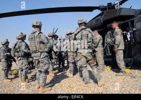 U.S. Soldiers of 2nd Platoon, B Troop, 5th Squadron, 73rd Cavalry Regiment, 3rd Brigade Combat Team, 82nd Airborne - Stock Photo
