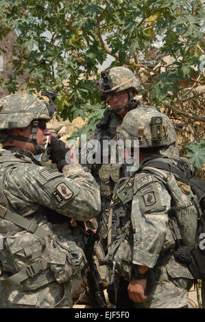 U.S. Army 1st Lt. John Norden and Sgt. Brendan Johnson, from the Headquarters, Headquarters Battery, 4th Battalion, - Stock Photo