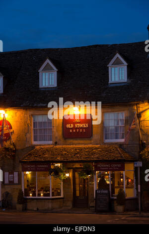 The Old Stocks Hotel restaurant and bar at famous popular tourist town Stow-on-the-Wold in the Cotswolds, Gloucestershire, - Stock Photo