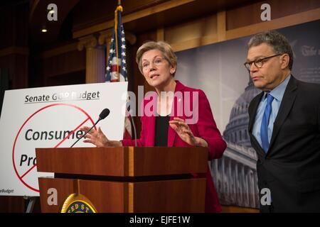 US Senator Elizabeth Warren joined by Senator Al Franken comments on the Senate Republican budget failure to protect - Stock Photo