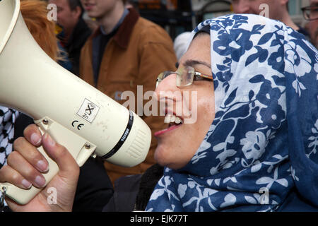 Megaphone protest at Manchester, UK 28th March, 2015. Protesting against the Combined National Front and White Pride - Stock Photo