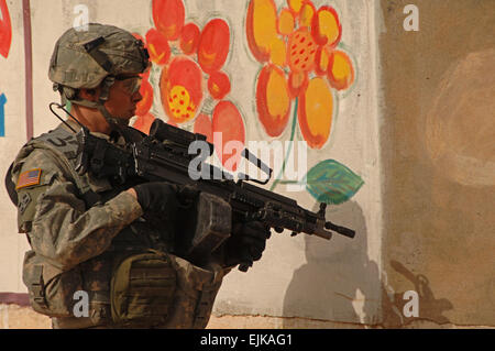 U.S. Army Pvt. Chrisman, from Mortars Platoon, 1st Battalion, 8th Infantry Regiment, 3rd Brigade, 4th Infantry Division, - Stock Photo