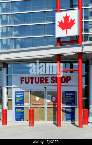 Ottawa, Canada. 28th Mar, 2015. Canadian electronic store chain was established in 1982 and bought by Best Buy in - Stock Photo