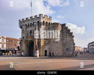 Bargate, a Grade 1 listed building in the centre of Southampton, constructed in Norman times as part of the city's - Stock Photo