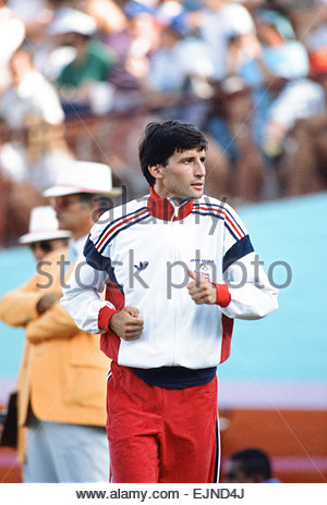 1984 Olympic Games in Los Angeles, USA. Great Britain's Sebastian Coe, gold medal winner in the 1500 metres race. - Stock Photo