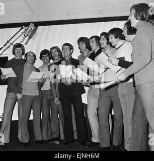 Everton players cut a disc 'For Ever Everton' at the Strawberry Studios in Stockport, Cheshire. 25th October 1972. - Stock Photo
