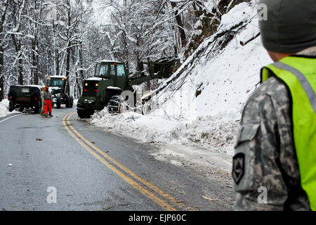 Soldiers of the West Virginia Army National Guard assigned to 821st Engineering Company from Summersville, W.Va., - Stock Photo