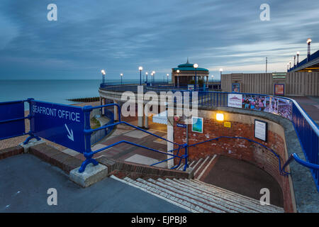 Evening on Eastbourne seafront, East Sussex, England. - Stock Photo