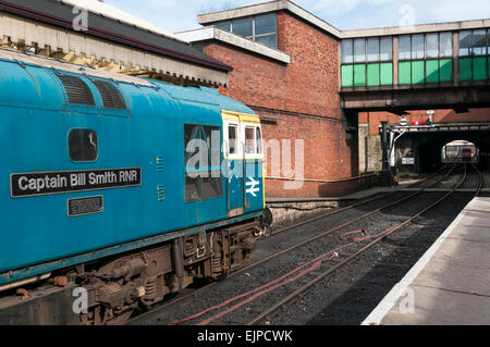 Class 33 diesel loco waiting to leave Bury railway station on the East Lancs Railway - Stock Photo