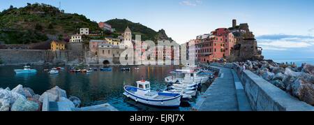 Boats in harbour, Vernazza, Cinque Terre, Liguria, Italy - Stock Photo