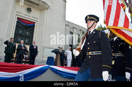 From right, President of the United States George W. Bush, Deputy Secretary of Defense Gordon England and Army Vice - Stock Photo