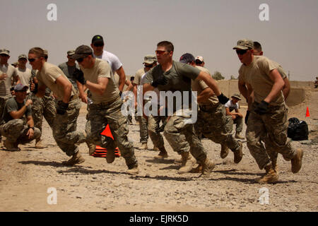 U.S. soldiers from Headquarters Platoon, Company B, 1st Battalion, 27th Infantry Regiment , 2nd Stryker Brigade - Stock Photo