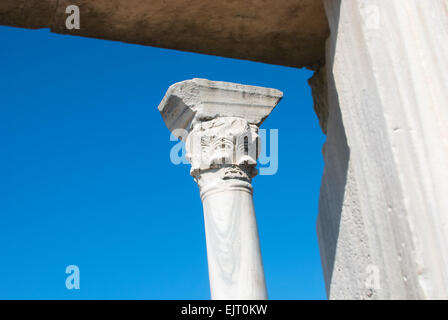 Marble column of old temple. Chersonesus' ancient ruins are presently located in one of Sevastopol's suburbs. - Stock Photo