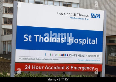 Guy's and St Thomas Hospital NHS Sign In London - Stock Photo