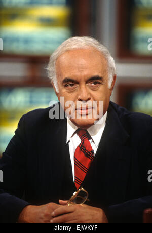 Conservative columnist Robert Novak on NBC's Meet the Press September 8 1996 in Washington, DC. - Stock Photo