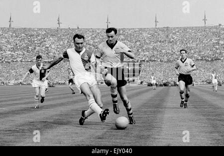 FA Cup Final at Wembley Stadium. Wolverhampton Wanderers 3 v Blackburn Rovers 0. Action from the match. 7th May - Stock Photo