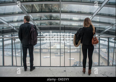 London, UK. 3 April 2015.  Even though it is raining, visitors flock to The Sky Garden, a public viewing gallery - Stock Photo