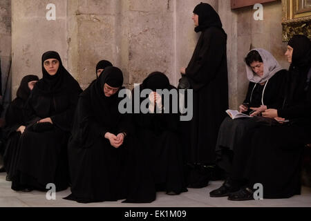 Eastern Orthodox worshipers taking part in a procession during Lazarus Saturday at the Church of the Holy Sepulchre - Stock Photo