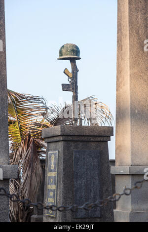 The iconic seafront Kargil War Memorial with rifle and helmet, Pondicherry, or Puducherry, Tamil Nadu, southern - Stock Photo
