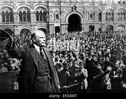 Moscow. Vladimir Lenin addressing to soldiers in Red Square. Reproduction. - Stock Photo