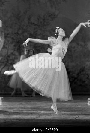 Moscow. USSR. The Bolshoi Theater. Ballet dancer Galina Ulanova performing in ballet 'Chopeniana'. - Stock Photo