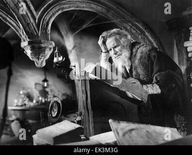 Gino Mattera, on-set of the Film 'Faust and the Devil' (aka La Leggenda di Faust', 1950 - Stock Photo