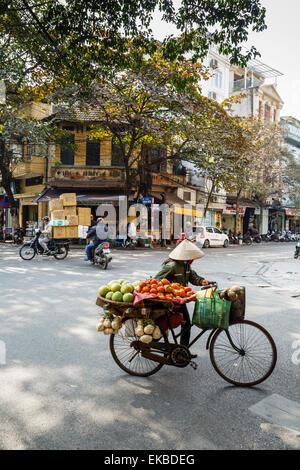 Street scene in the old quarter, Hanoi, Vietnam, Indochina, Southeast Asia, Asia - Stock Photo