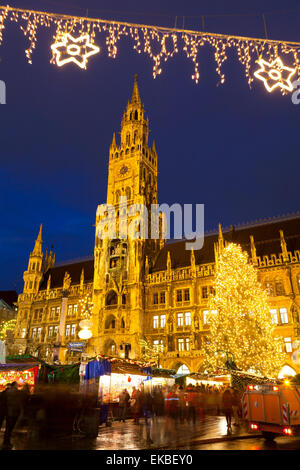 Christmas Market in Marienplatz and the New Town Hall, Munich, Bavaria, Germany, Europe - Stock Photo