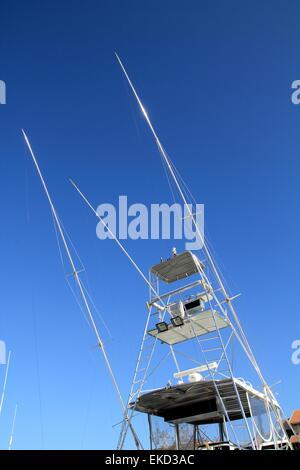 Flybridge fisher boat high fly bridge tuna tower - Stock Photo