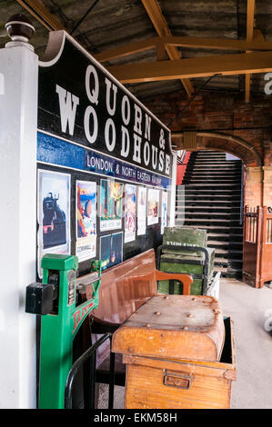 Travel scene from the 1940s recreated at Quorn and Woodhouse railway station on the Great Central Railway - Stock Photo