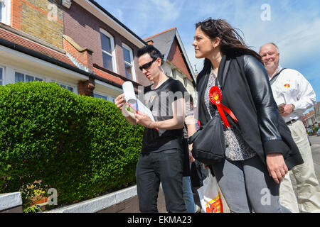 Wood Green, London, UK. 12th April 2015. Labour Party Councillors and activists out doorstepping in Wood Green, - Stock Photo