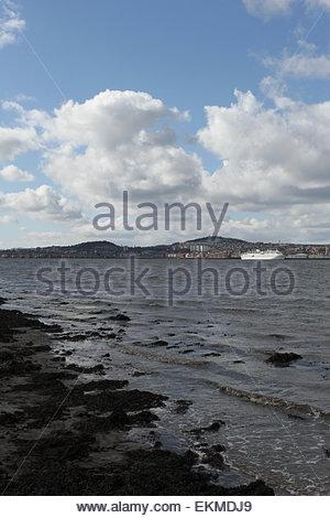 Dundee, UK. 12th April, 2015. CMV cruise ship Magellan docked in Dundee. Cruise and Maritime Voyages ship Magellan - Stock Photo