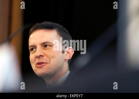Economy Debate at The National Gallery, Edinburgh Stephen Gethins (SNP) - Stock Photo