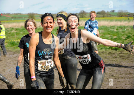 Leaminghton Spa, Warwickshire, UK, Sunday, 12th April, 2015. The Wolf Run is Wild Running - a unique combination - Stock Photo