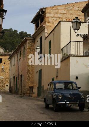 Blue Fiat 500 seat 600 vintage fiat majorcan village mancor de la vall - Stock Photo