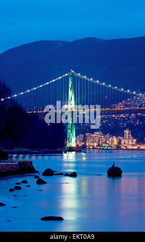 Lions Gate Bridge At Twilight, With Skin Diver Statue, Vancouver - Stock Photo