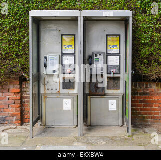 BT telephone kiosk type KX100, in England, UK. - Stock Photo