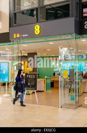 EE mobile phone provider store exterior, Grand Arcade Shopping Centre, Cambridge UK - Stock Photo