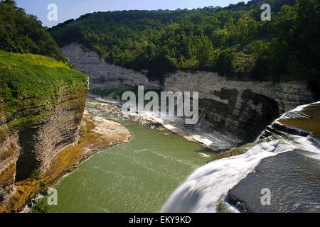 Middle falls in Letchworth State Park. - Stock Photo