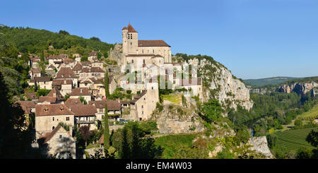 Saint-Cirq-Lapopie, Departement Lot, Midi-Pyrenees France Europe - Stock Photo