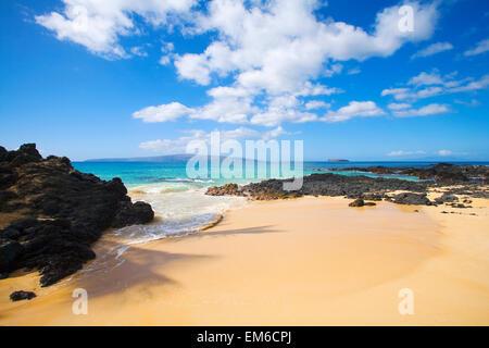 USA, Hawaii Islands, Maui, Maui Wai Or Secret Beach; Makena - Stock Photo
