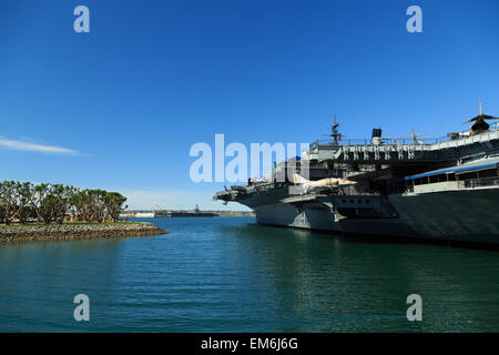 A photograph of the USS Midway (CV-41) Museum on San Diego Bay, California. The USS Midway Museum is a maritime - Stock Photo