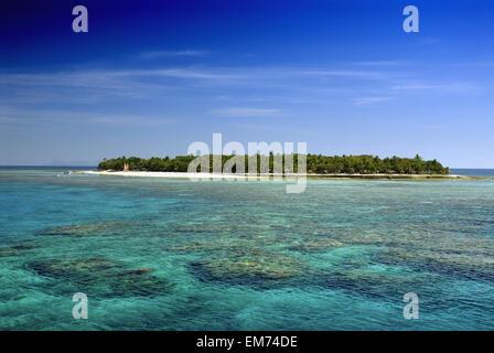 Fiji, Mamanuca Islands, Treasure Island, View From Ocean. - Stock Photo