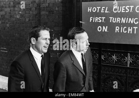 England footballer Nobby Stiles travels to Wembley Stadium from Hendon Hall hotel with the rest of the team for - Stock Photo
